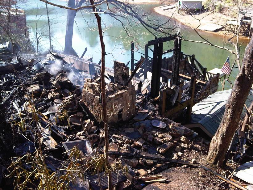 Picture of burnt remains of Lake Burton Lakehouse or Lake House